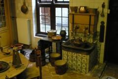 wnetrze 18-wiecznej kuchni; Stedelijk Museum de Lakenhal, Delft